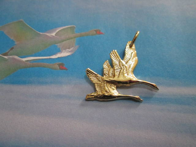 I Cigni in Volo - Ciondolo (Oro) - The Swans in Flight  - Pendant (Gold)