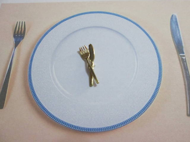 Forchetta e Coltello - Spilla (Oro) - Fork and Knife - Pin (Gold)