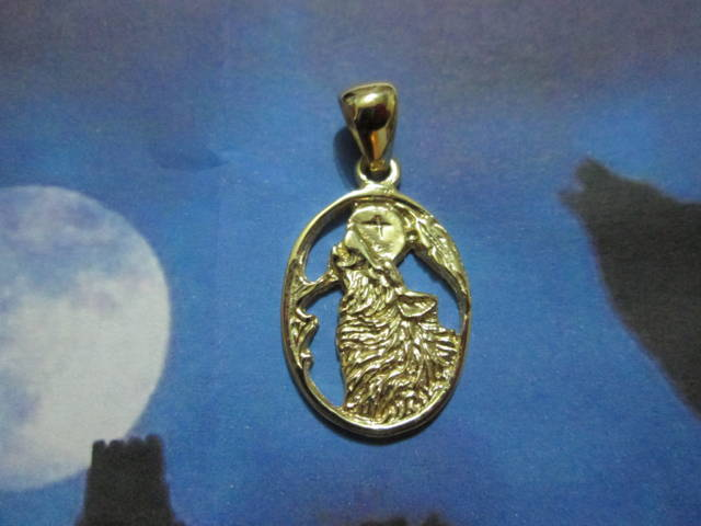 Il Lupo e la Luna - Ciondolo (Oro) - The Wolf and the Moon - Pendant (Gold)