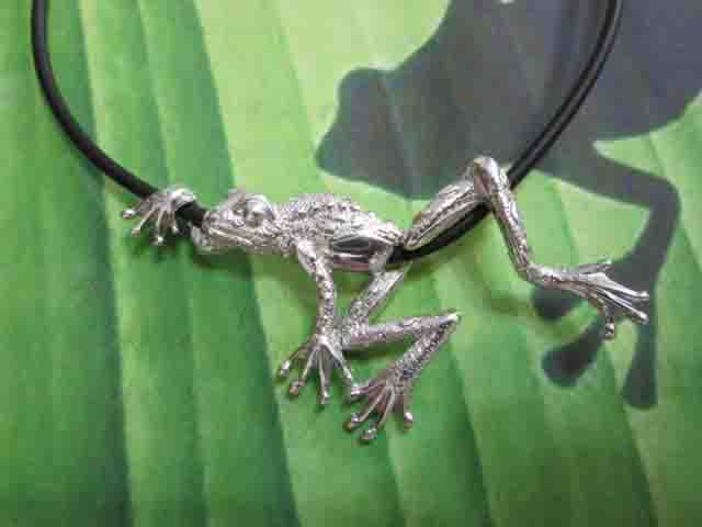 La Rana sulla Corda (Argento) - The Frog on the String (Silver)
