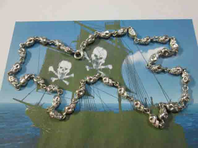 La Catena dei Pirati (Argento) - The Pirates Chain (Silver)